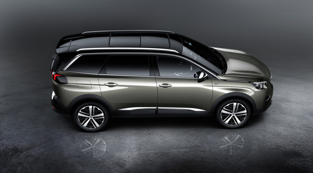 peugeot-5008-Side View